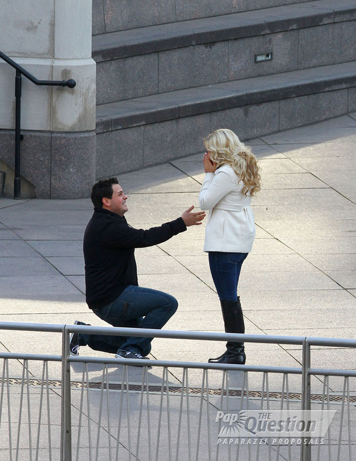 Ernie popped the question to Sarah on the Chicago lakefront.